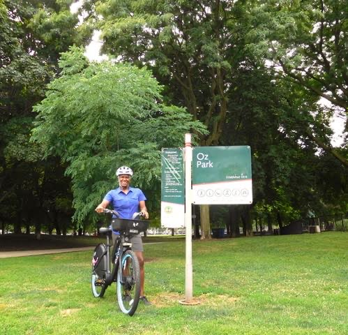 Author with an Electric Divvy at Oz Park