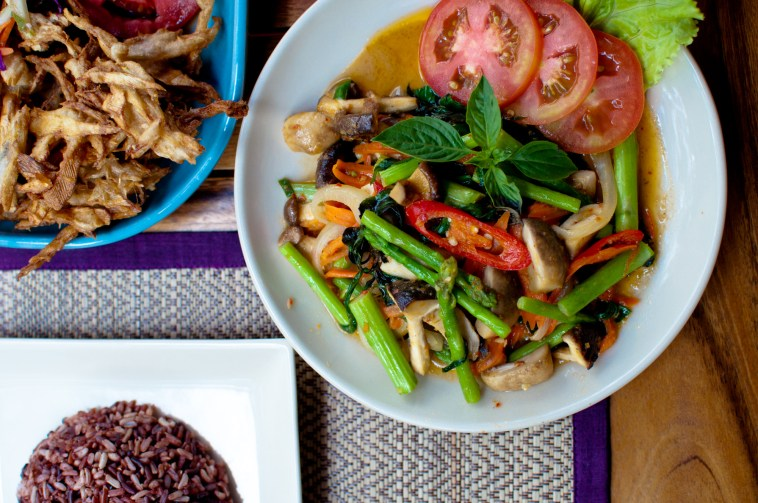 Stir-fried mixed vegetables and banana blossom salad