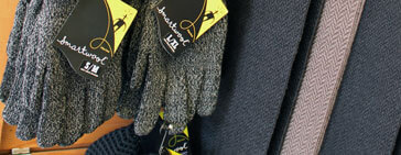 Men's Gloves and Scarves at Chiappetta Shoes