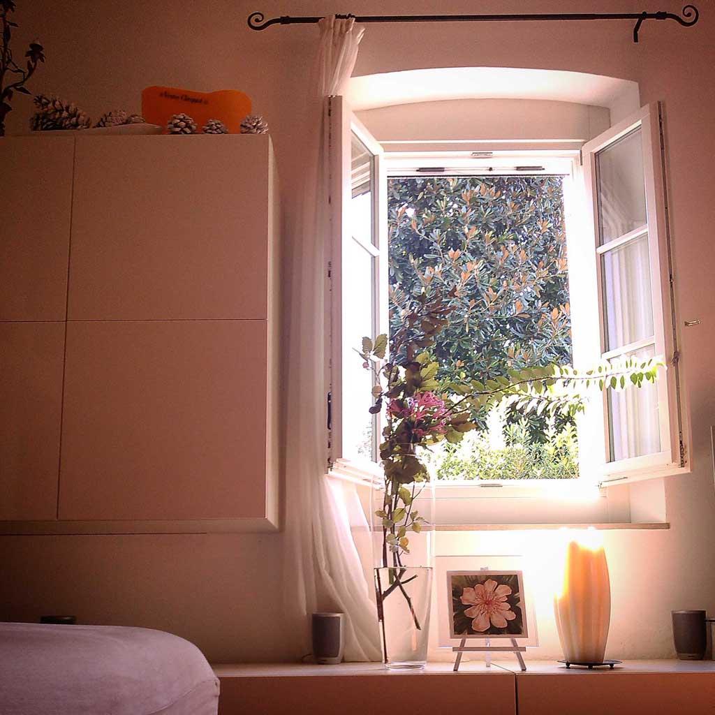 Una finestra sul giardino ancora rigoglioso chiara 39 s room - La finestra sul giardino ...