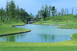 亀山湖カントリークラブ