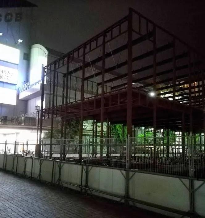 千葉ニュータウン中央駅北口で建設中02