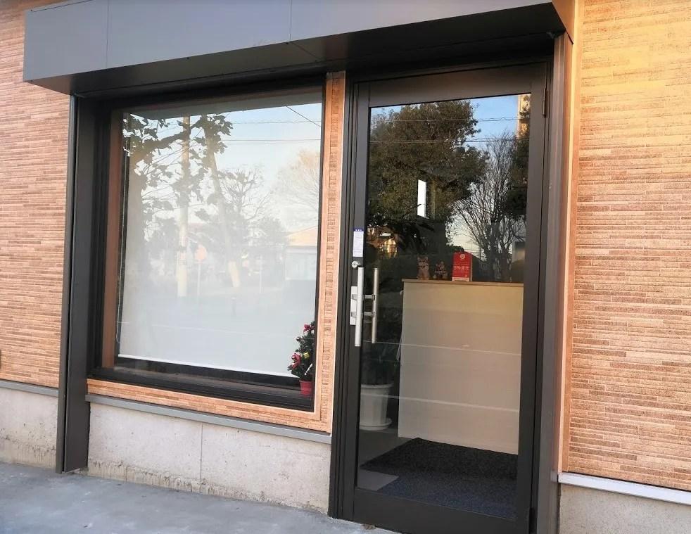 小室駅前で建設中の新しい店舗用の建物、04