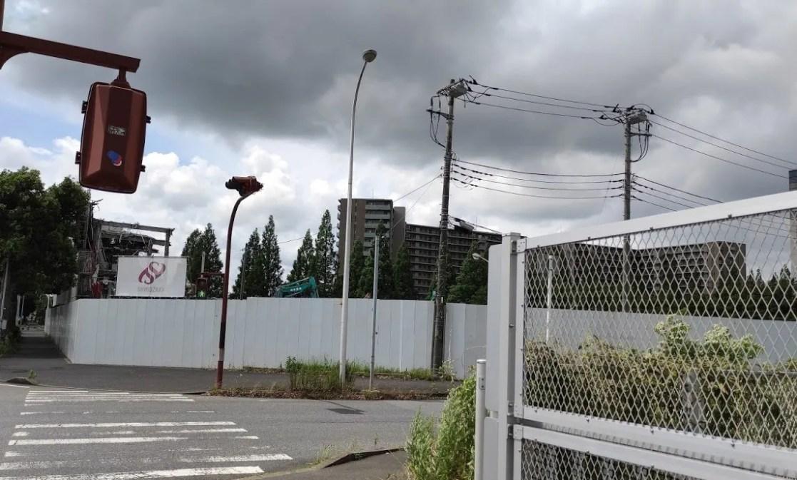 「トライアル」千葉ニュータウン店の解体が開始。08