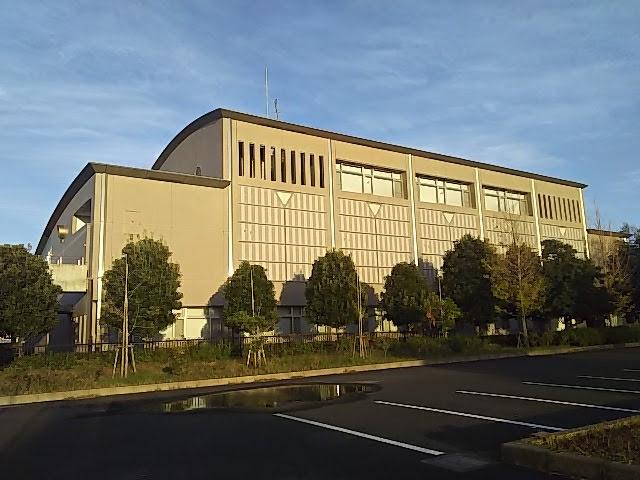 千葉県立東部図書館裏側