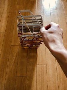 【高齢者(在宅介護)レクリエーション】ナビスコリッツの空き箱を使って『45個積み上げゲーム』