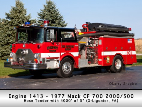 Newport Township FPD Mack engine 141 X-Ligonier, PA