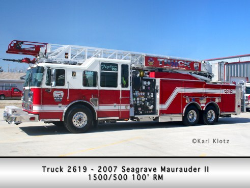Wilmington Fire Protection District Seagrave Maurauder II quint 100'