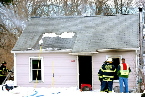 Fox Lake Fire Department house fire 2-14-11 36378 Wesley Road