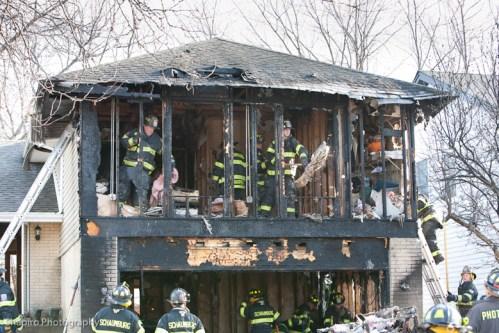 Schaumburg Fire Department house fire on Kingsport Drive 3-27-11