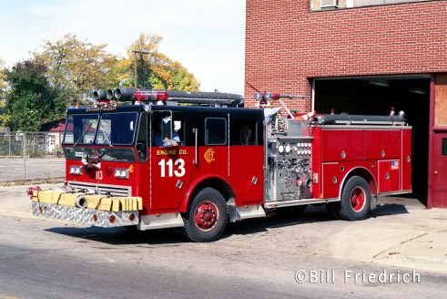 Chicago Fire Department Engine 113 Ward LaFrance Ranger