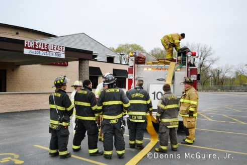 fire in vacant building on Sibley Boulevard in Dolton 3-31-12