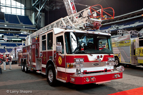 Pierce Dash CF aerial at FDIC 2012