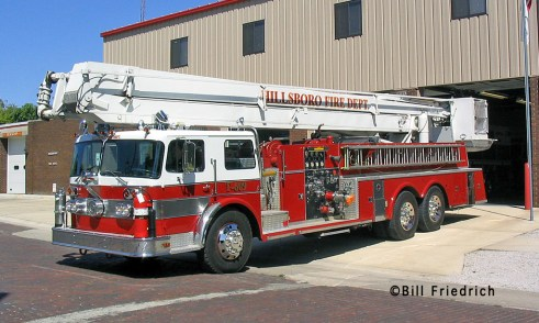 Hillsboro Fire Department 1971 Oshkosh Snorkel