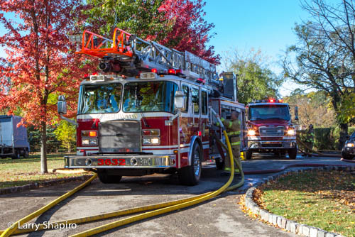 large barn fire in Barrington Hills IL 10-10-12 on Ridge Road