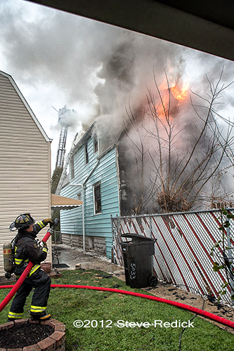 Chicago house fire 11-26-12 500 block of Winona