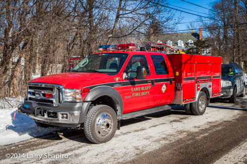 Lake Bluff Fire Departmetn squad unit