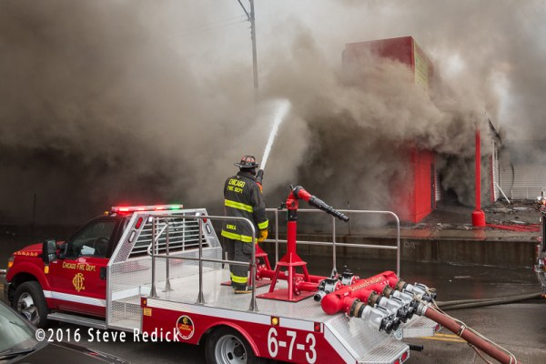 Chicago FD Turret Wagon 6-7-6 at work