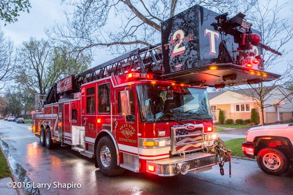Niles FD Tower  2 Pierce Dash CF tower ladder at fire scene