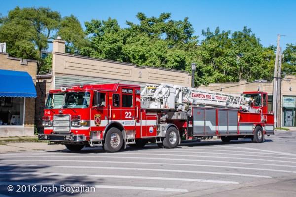 Evanston FD Truck 22