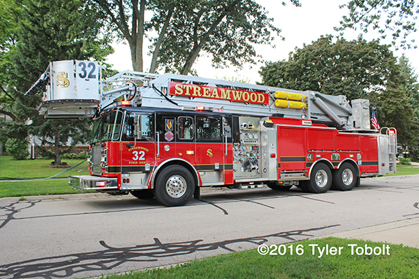 Seagrave Maurauder II Apollo tower ladder