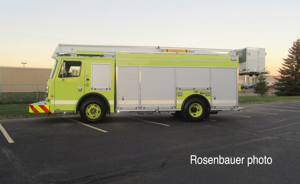Chicago FD Squad 7A built by Rosenbauer