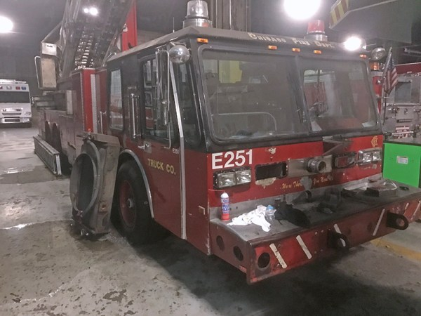 Chicago FD Tower Ladder Spare E-251 with its motor removed