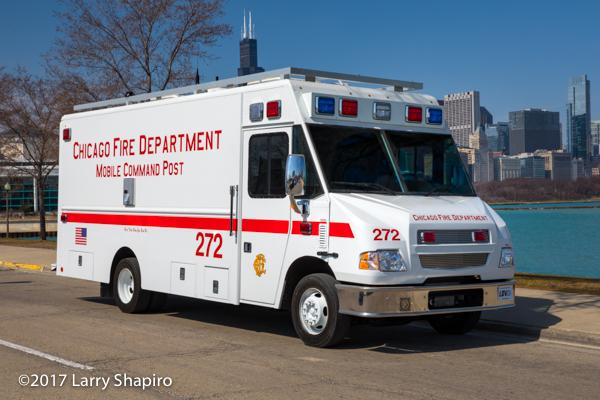 Chicago FD Comm Van 272