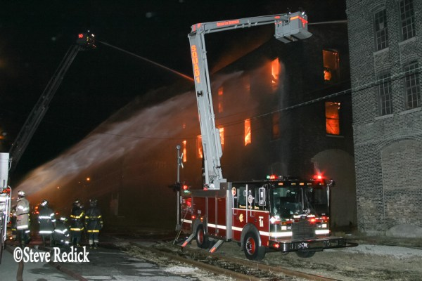 Chicago FD Squad 5A Snorkel at fire scene