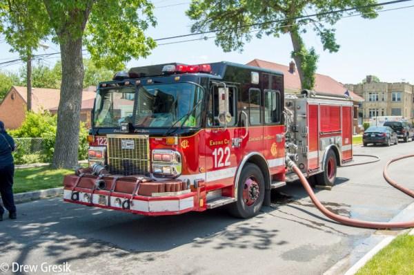 Chicago FD Engine 122