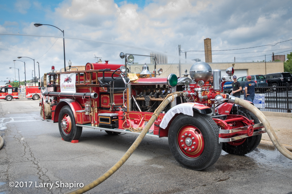 1928 Ahrens Fox fire engine