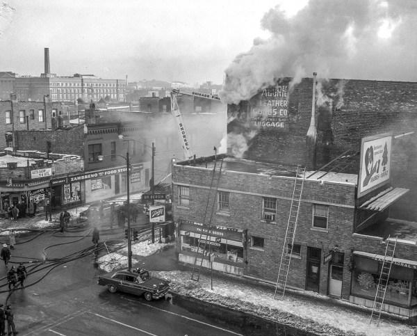 classic Chicago 4-11 alarm fire