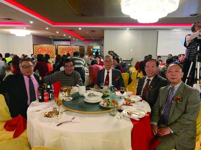 照片二十二:僑社代表出席宴會