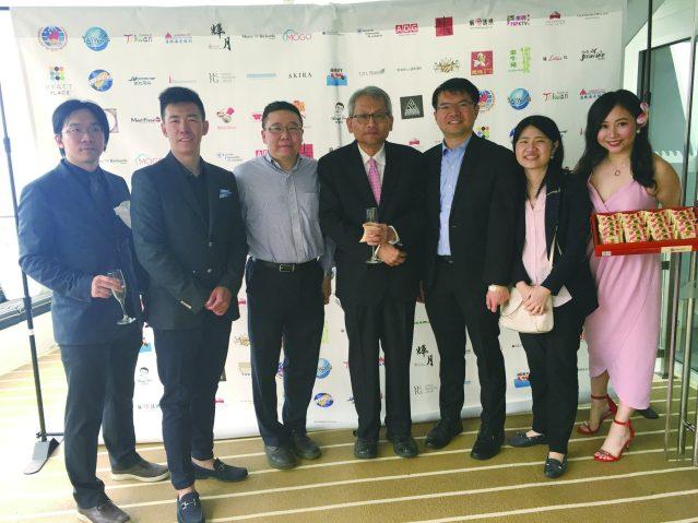照片十一:出席活動的嘉賓合影(左起):林辛承、吳威陵、吳大同律師、湯銘倫、王偉讚主任、賴貞利副主任、黃聖家
