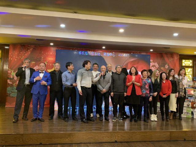 22.香港華協會全體成員合唱《東方之珠》