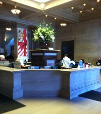 Art Institute of Chicago Information Desk