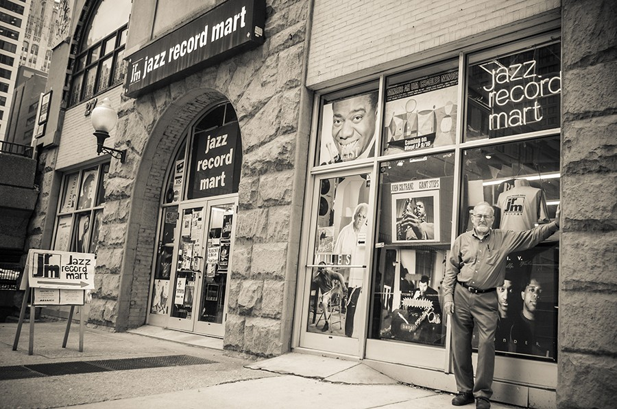 Bob Koester outside the Jazz Record Mart's final location, at 27 E. Illinois, in 2009