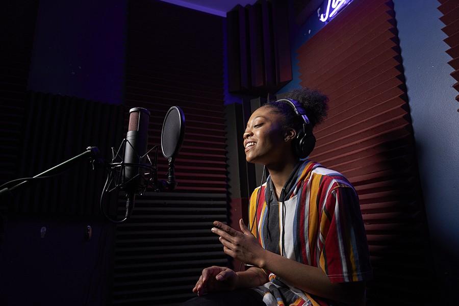Recording artist Mykah Estelle, part of Insomniac's IS Pro Team