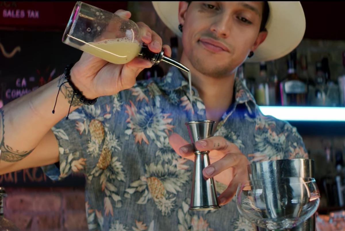 Davíd Leon Jr. mixes up his original cocktail, called Anansi.