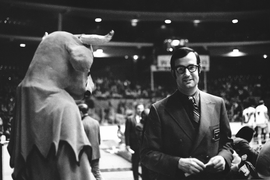Benny the Bull with Bulls general manager Pat Williams