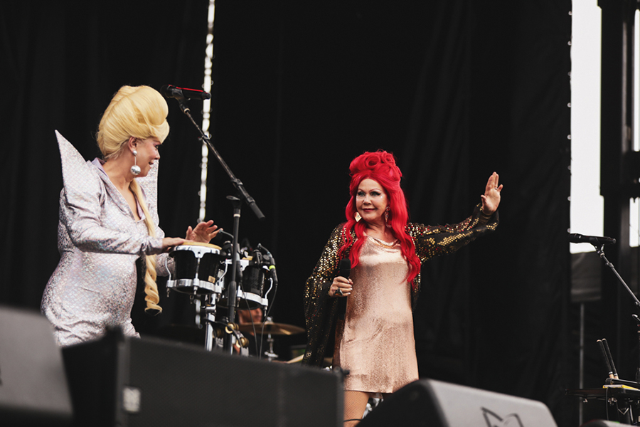 Cindy Wilson and Kate Pierson