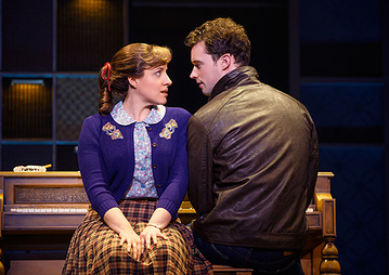 Local Abby Mueller plays Carole King beautifully in the touring production of the award-winning musical.