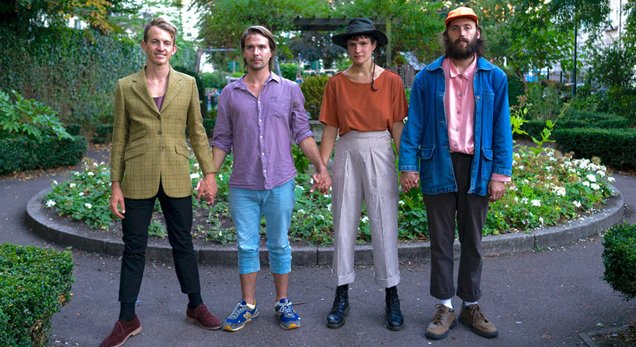Big Thief plays at Schubas on Wed 1/11.