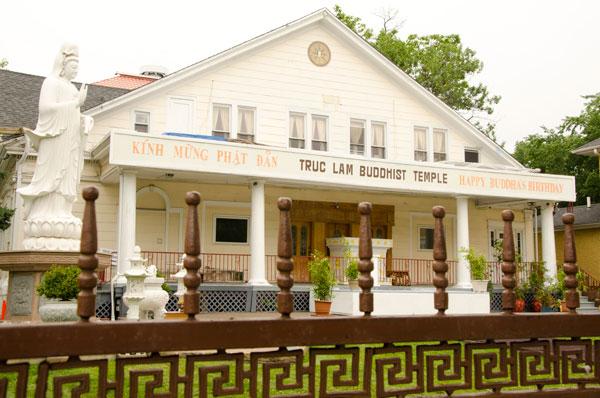 Truc Lam Buddhist Temple