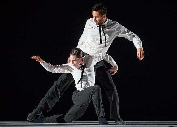 "Hubbard Street Dancers Jacqueline Burnett and Jonathan Fredrickson in ""I am Mister B"" by Gustavo RamÌrez Sansano"