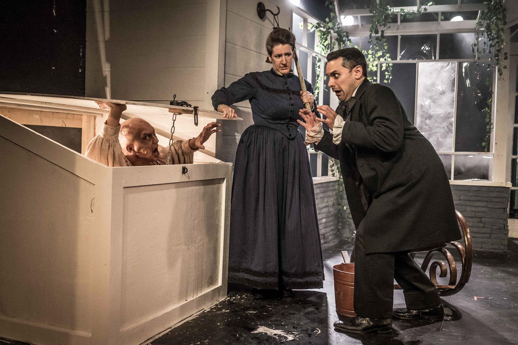 Akvavit Theatre's <i>Ghosts & Zombies</i>