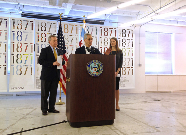 Among those celebrating the $70 million federal grant for a new digital manufacturing institute were Mayor Rahm Emanuel, Senator Dick Durbin, and Caralynn Nowinski, chief operating officer of UI Labs, the nonprofit overseeing the venture.