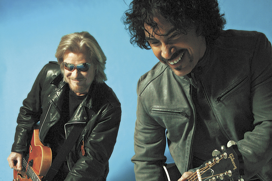 Hall & Oates plays with Tears for Fears at Allstate Arean on Mon 5/15.