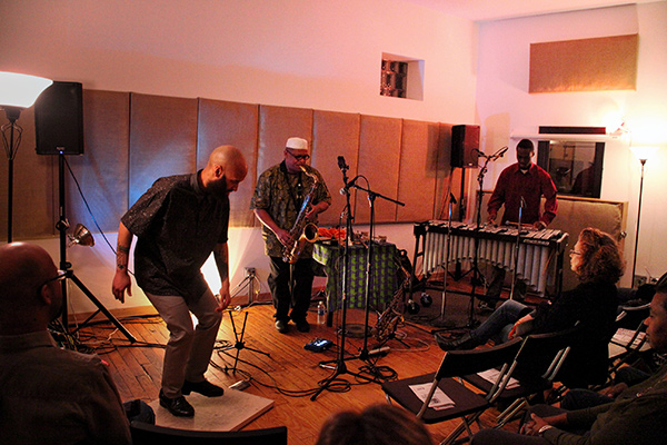 Ernest Dawkins's Deep Tone Trio plays an Outer Ear show.