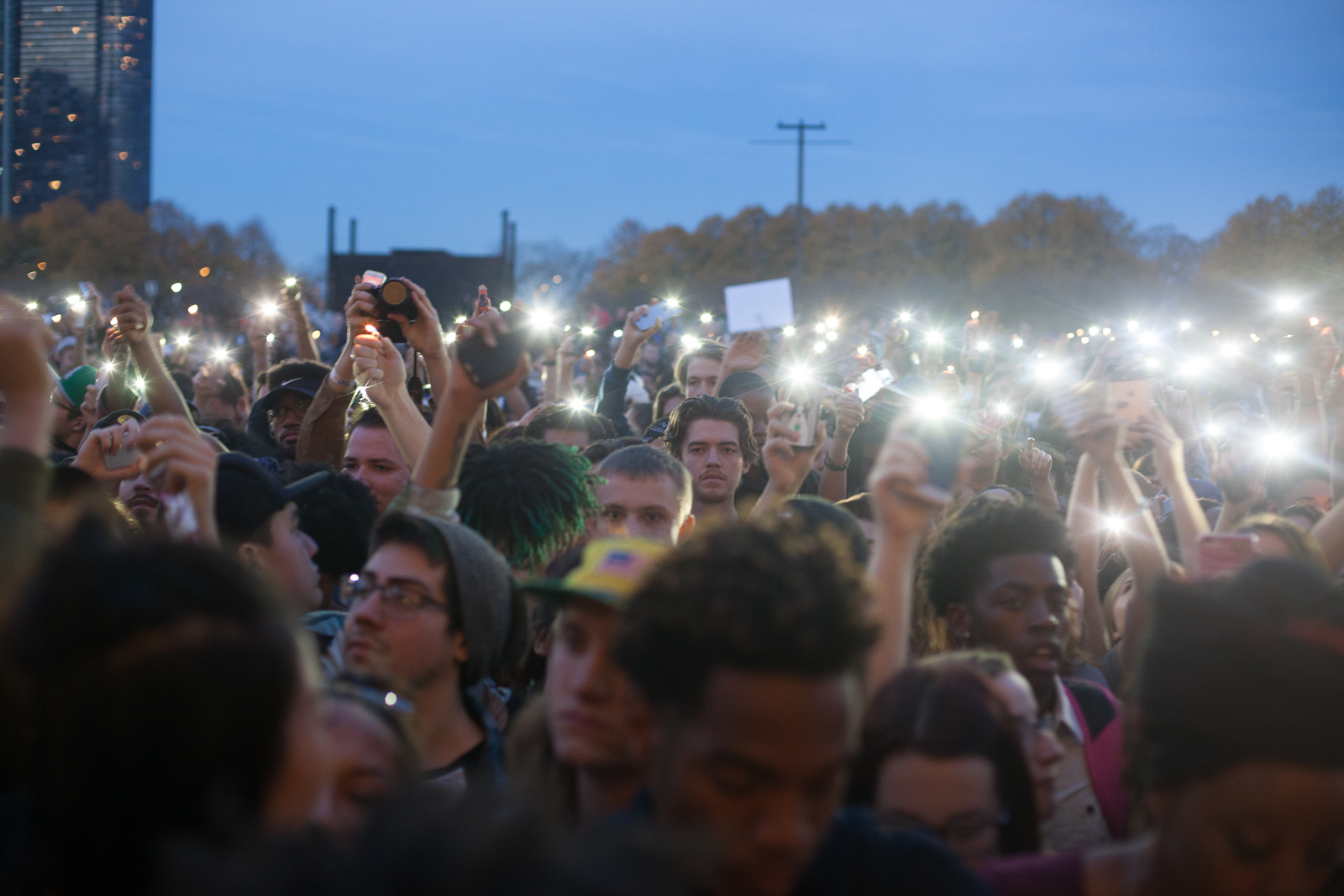 The crowd in Grant Park at dusk